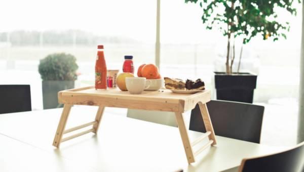 DIY: Jak zrobić stolik śniadaniowy?