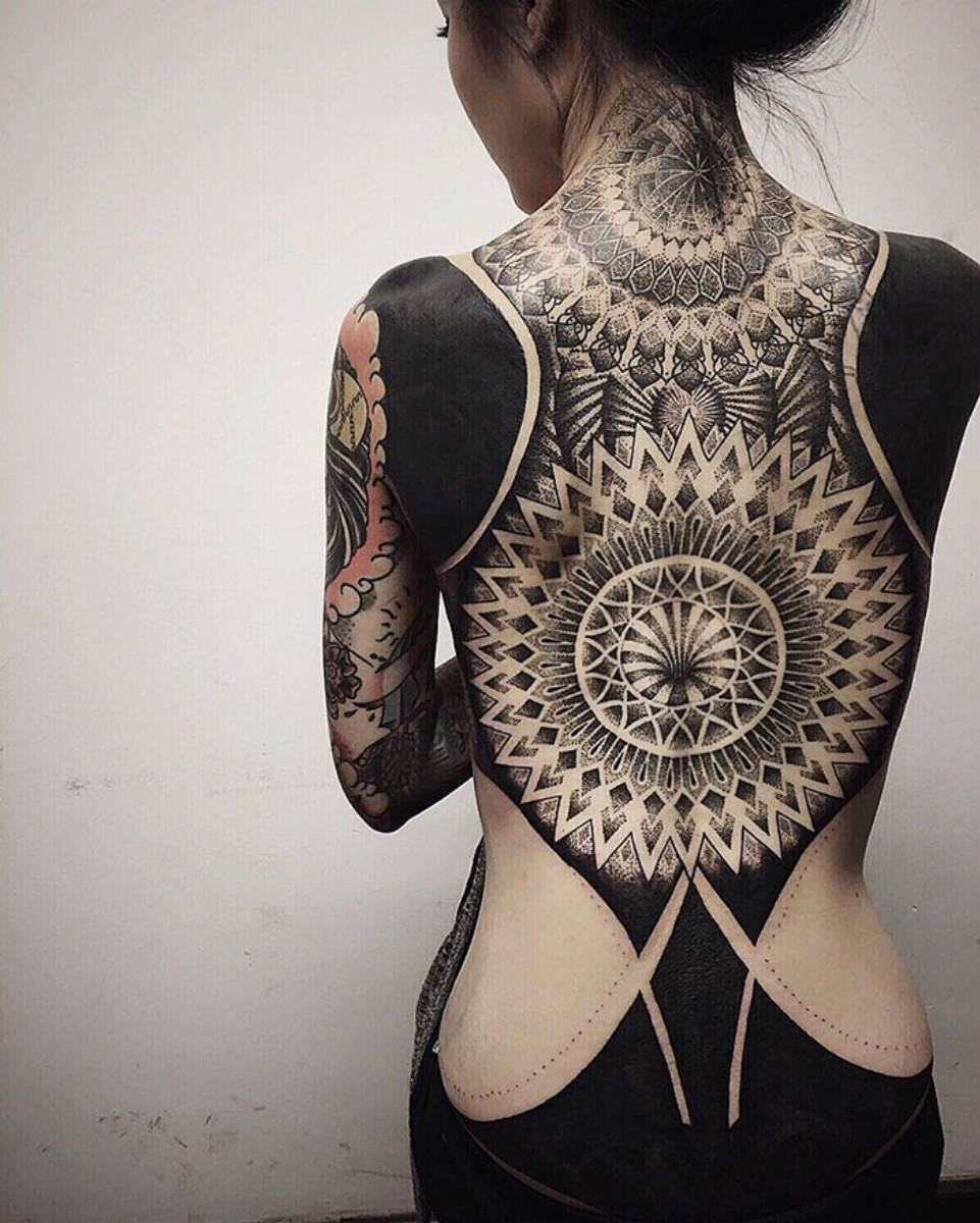 Tatuaż blackout_3