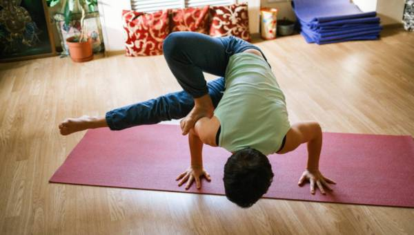 Joga, czyli start w nowe, lepsze życie. W czym pomaga i jak zacząć treningi?