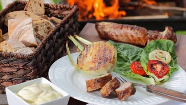 Łatwa grillowana polędwiczka z sosem grillowym