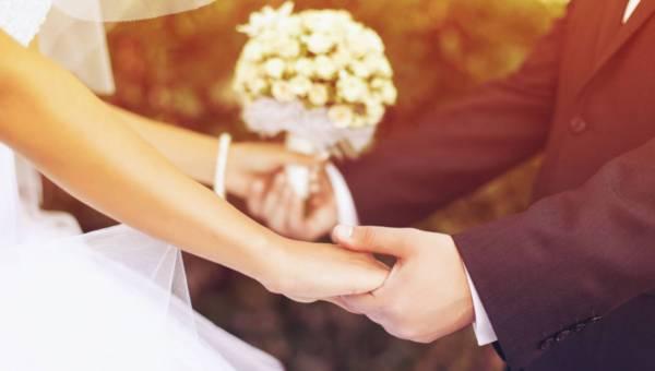 Ile kosztuje ślub w Polsce ?