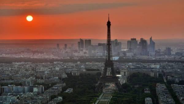 5 najciekawszych butików w Paryżu – sposób na niepowtarzalne zakupy w światowej stolicy mody