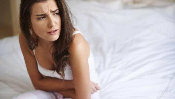Przyczyny bólu brzucha – poznaj najważniejsze z nich!
