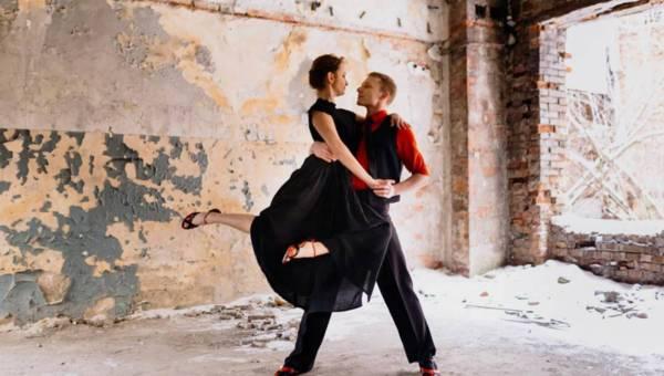 Dlaczego warto zacząć tańczyć – niezależnie od wieku