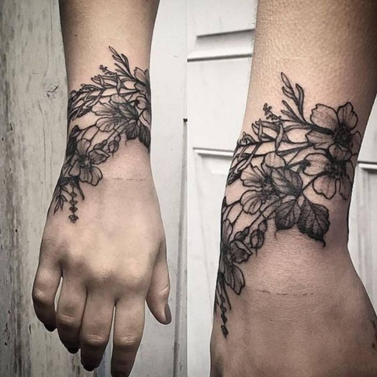 Tatuaże W Kwiaty Co O Nich Sądzicie Kobietamagpl