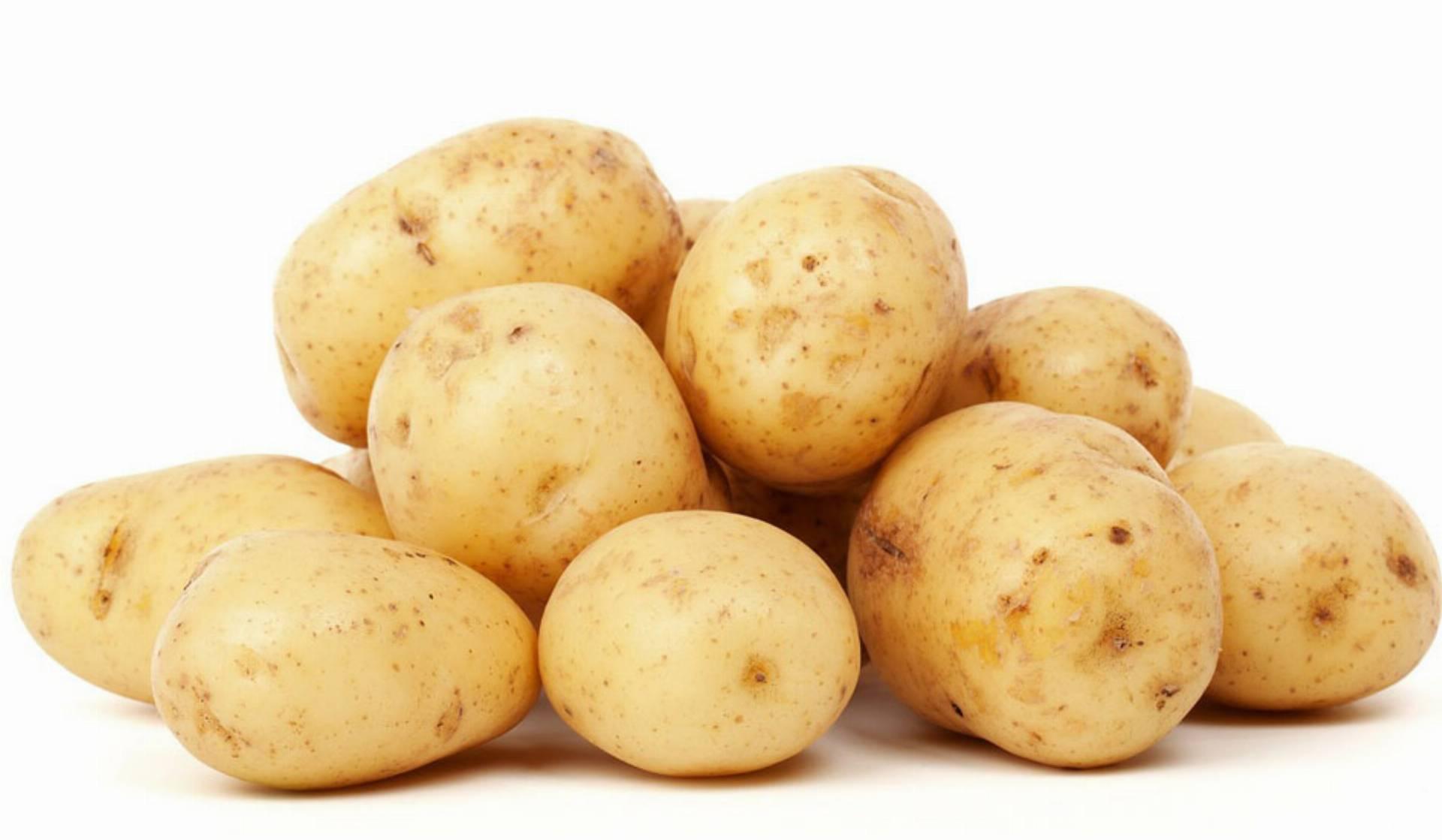ziemniaki-na-opuchnięte-oczy