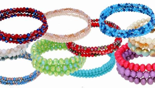 Kolorowe bransoletki z kolekcji Glowing Set od By Dziubeka