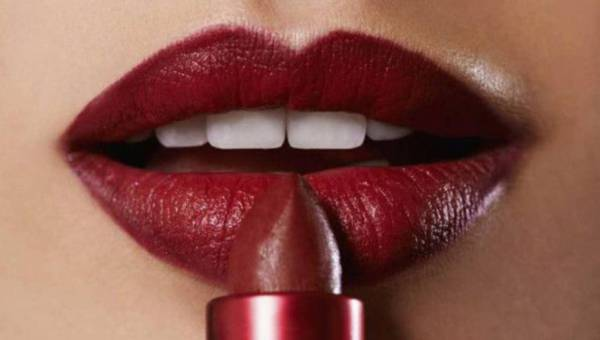 Co kształt Twojej szminki mówi o Tobie?