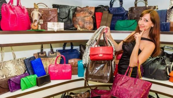 Jak wybrać torebkę na lata?