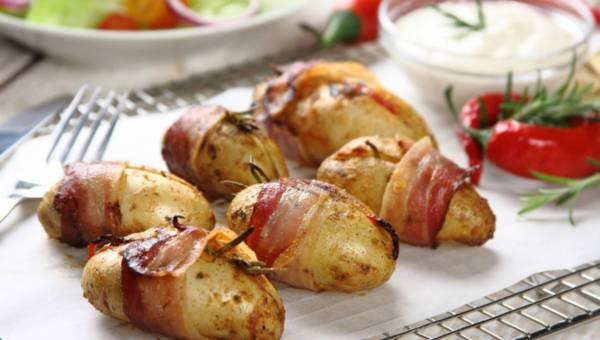 Ziemniaki grillowane zapiekane z boczkiem