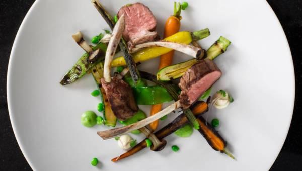 Przepis na comber jagnięcy z warzywny puree