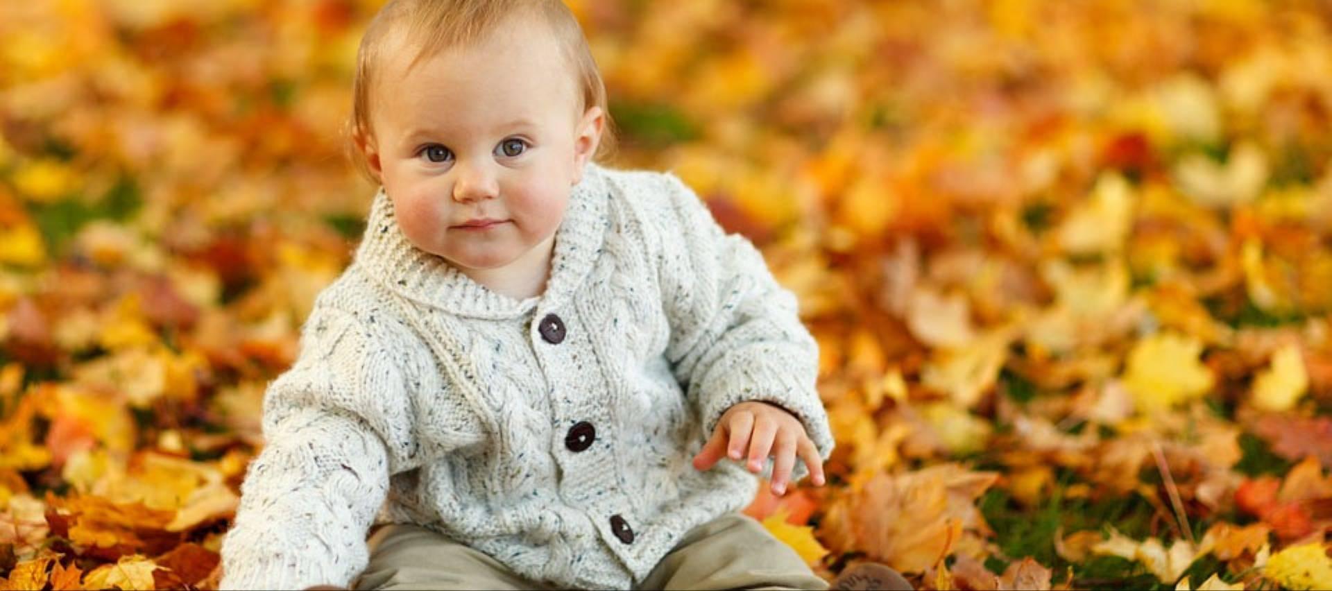 dziecko-jesien-niemowle