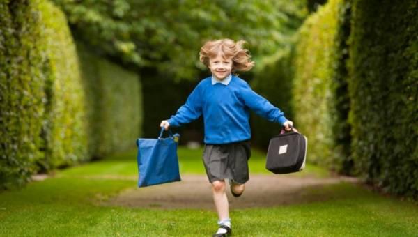 Paluszek, brzuszek i główka? Dlaczego należy traktować poważnie to, że dziecko boi się szkoły?