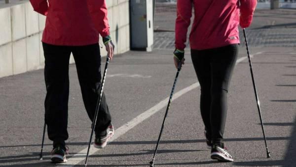 Nordic walking – spacer w stronę młodości