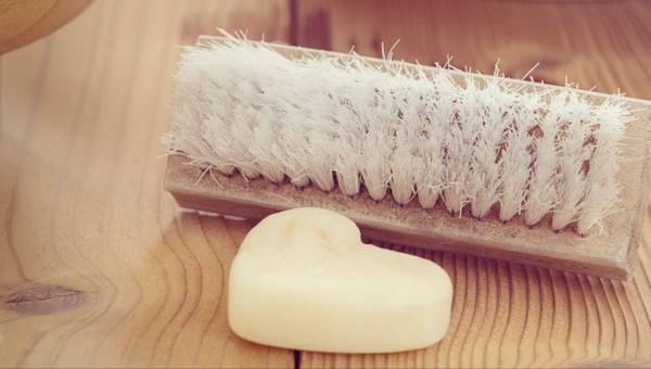 Szczotkowanie ciała na sucho – ten masaż warto wykonywać!
