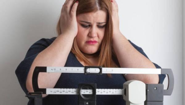 Chirurgiczne leczenie otyłości – dla kogo ta metoda?