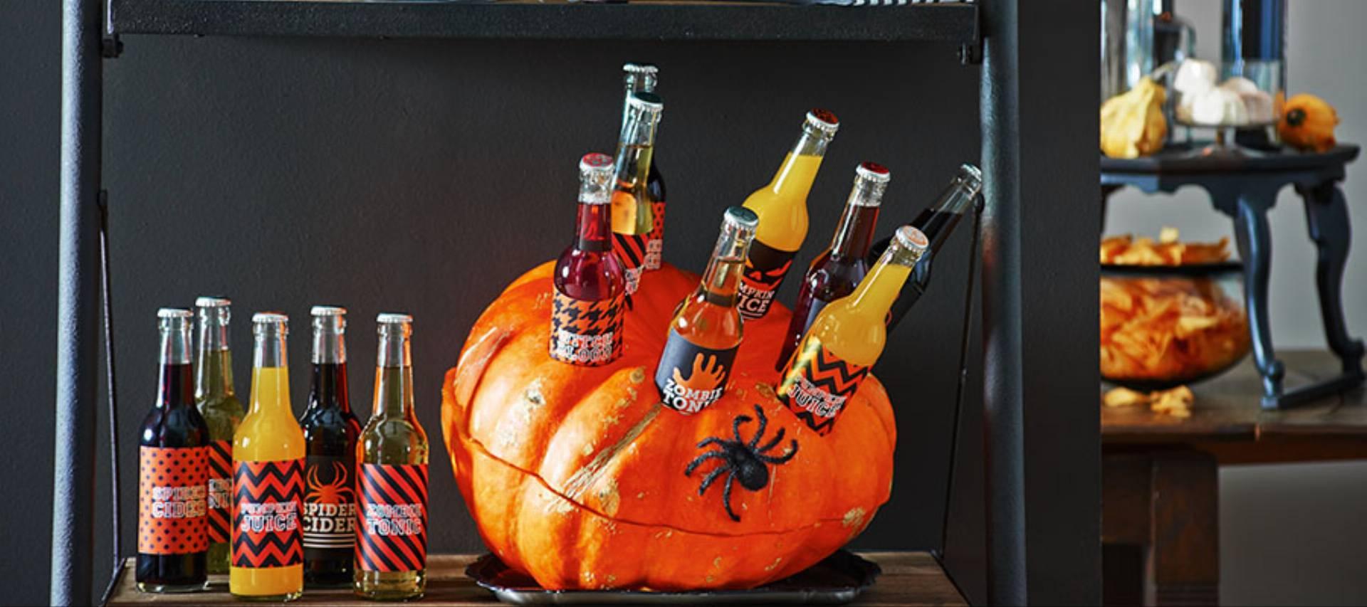 Halloweenowa dynia do chłodzenia napojów