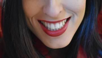 Uśmiechaj się dla zdrowia i… coraz bielszych zębów