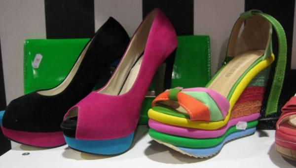 Damskie obuwie – jaki rodzaj obcasa jest najwygodniejszy