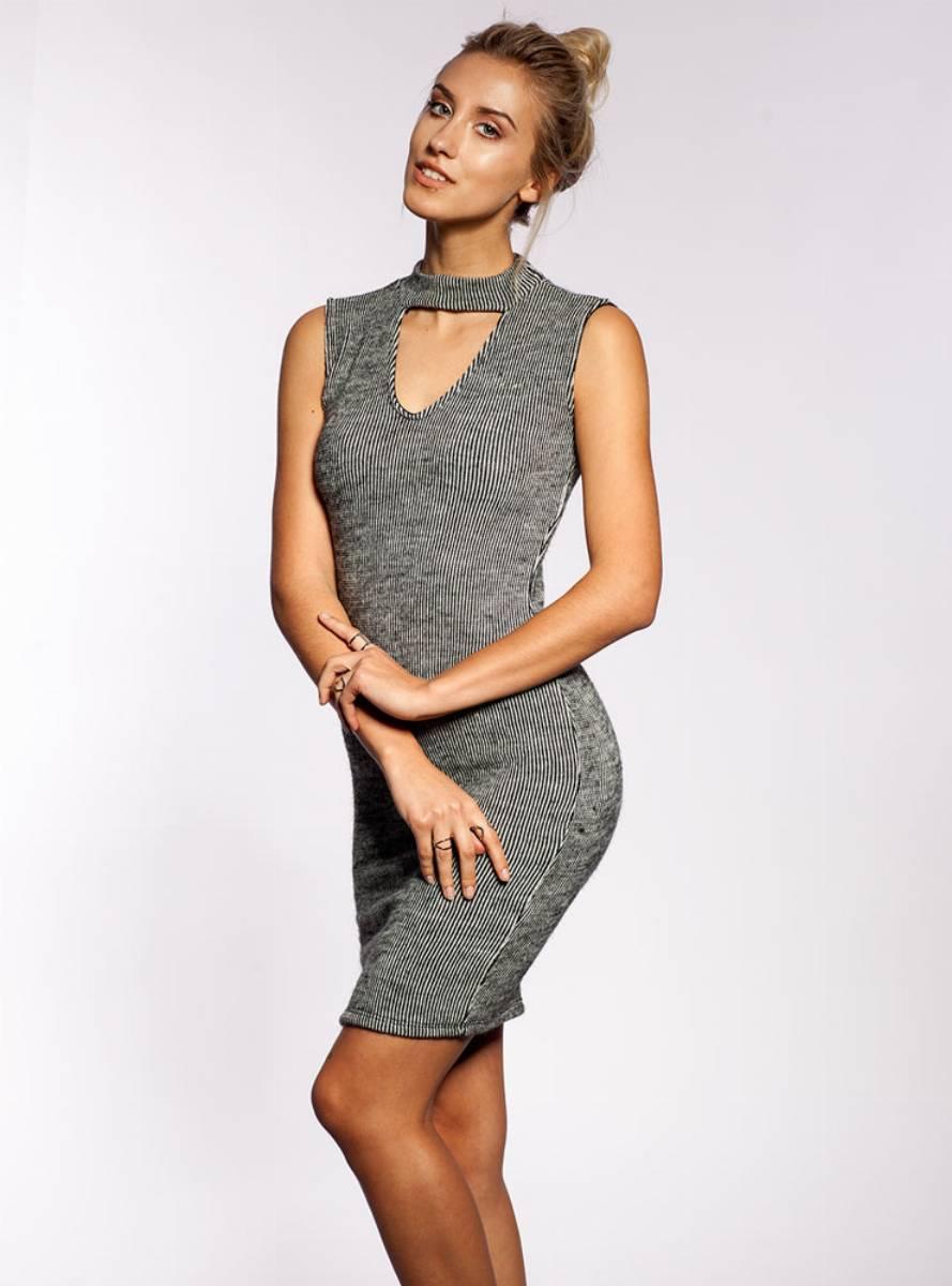modne-sukienki-jesien-zima-20162-017-od-selfieroom-27