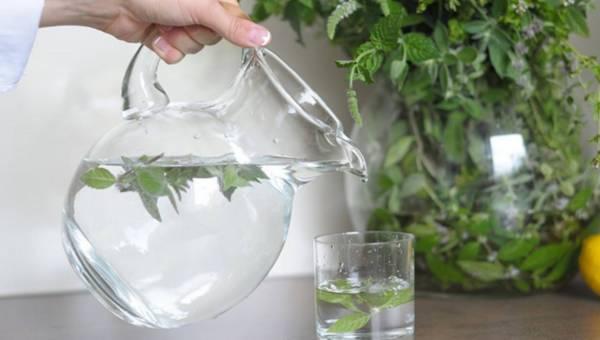 Jak usunąć nadmiar wody w organizmie?