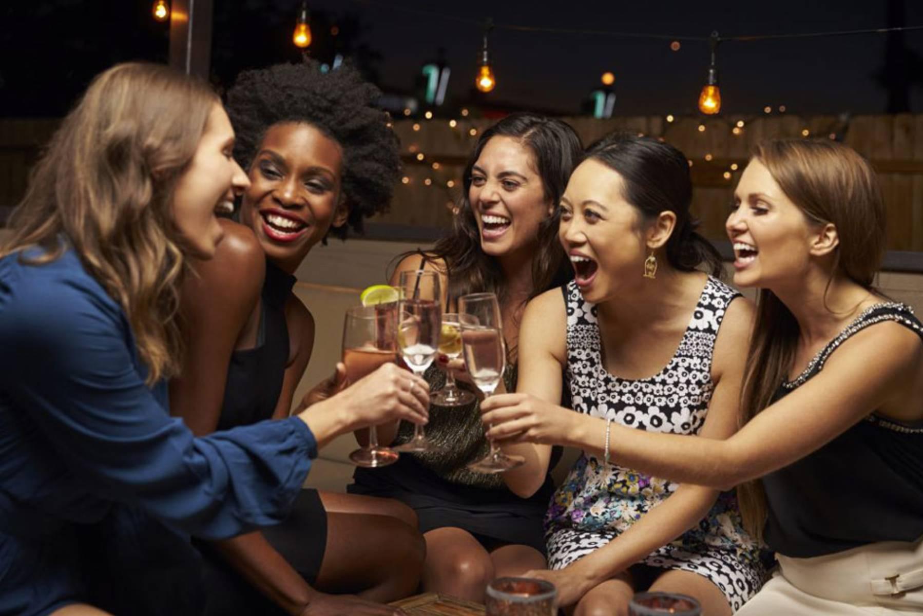 najlepsza-muzyka-na-impreze-w-kobiecym-gronie