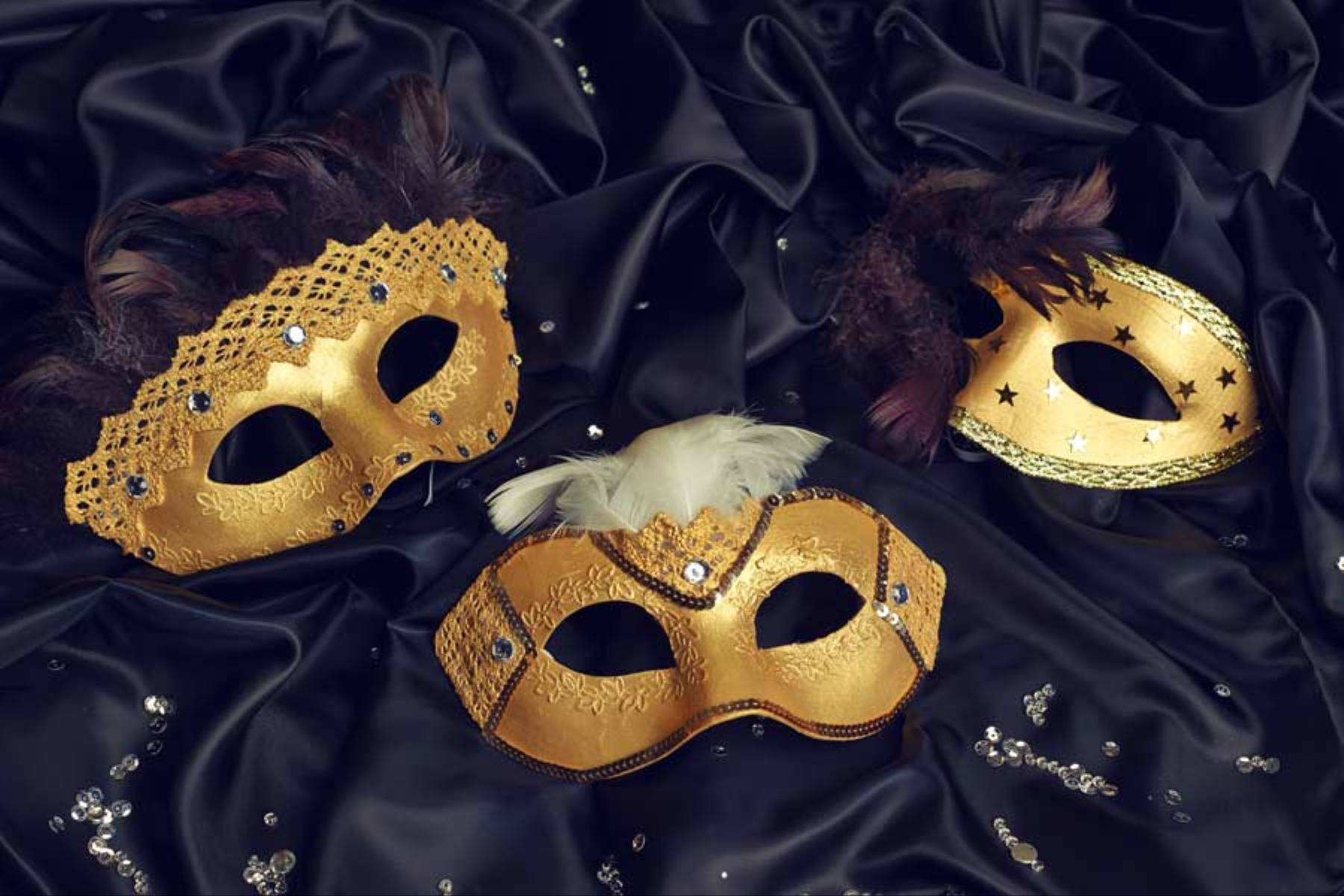 Jak zrobić maskę na karnawał