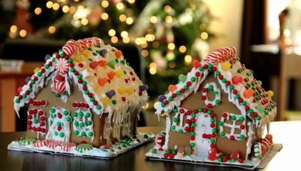 Domki z piernika – świąteczne inspiracje