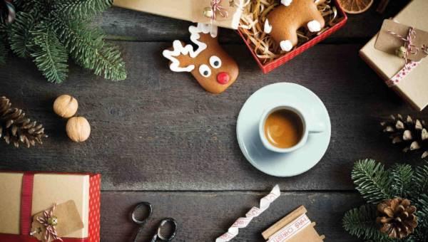 Święta w filiżance! Sprawdź, jak zrobić świąteczną kawę!