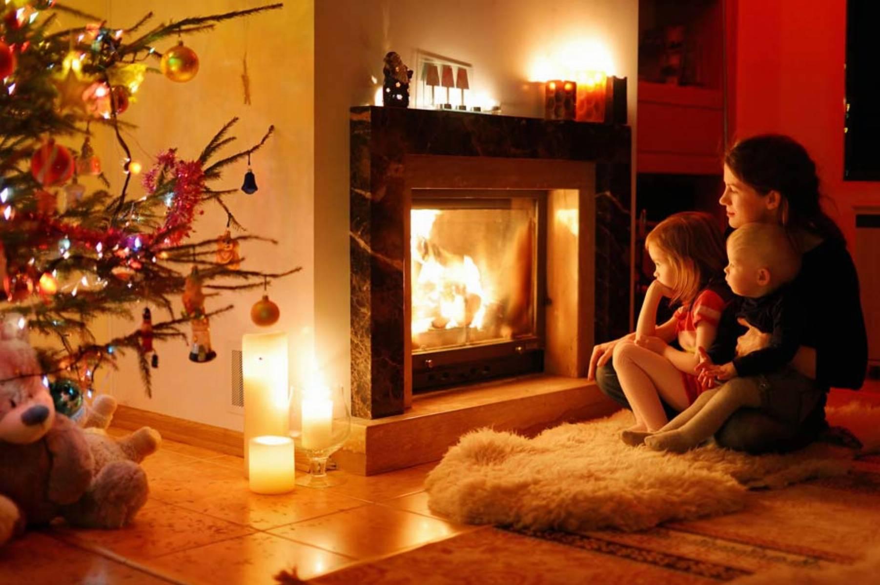 kominek-inspiracja-do-swiatecznej-dekoracji-wnetrza-1-domifikacje