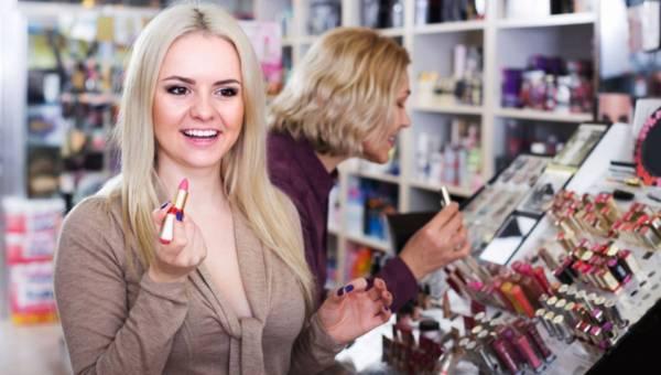 Kosmetyczne must have, czyli 5 podstawowych kosmetyków do dziennego makeup revolution