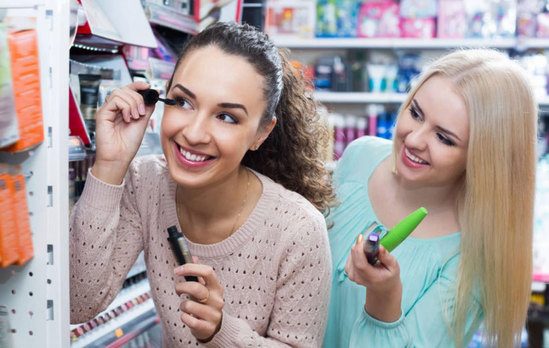 kosmetyczne-must-have-czyli-5-postawowych-kosmetykow-do-dziennego-makijazu-1