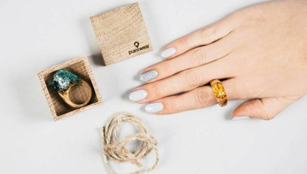Ekologiczna biżuteria i zegarki Plantwear na Święta!