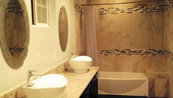 Jak zagospodarować łazienkę dla dużej rodziny?