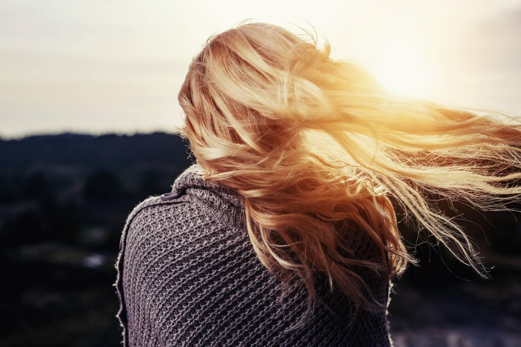 jak zatrzymać wypadanie włosów