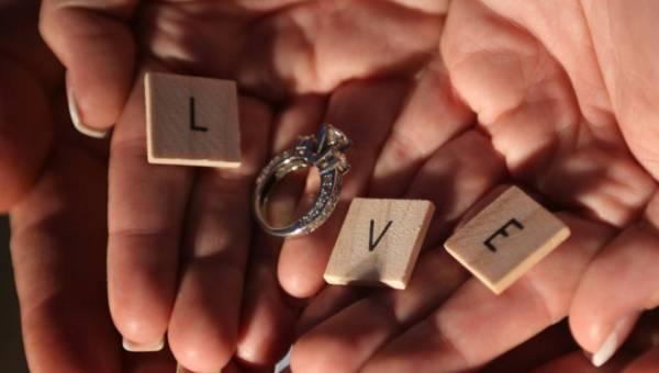 Walentynkowa biżuteria Spark – w prezencie i na randkę