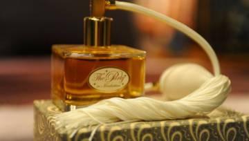 Zapach miłości – perfumy afrodyzjaki, którymi rozkochasz w sobie mężczyznę!
