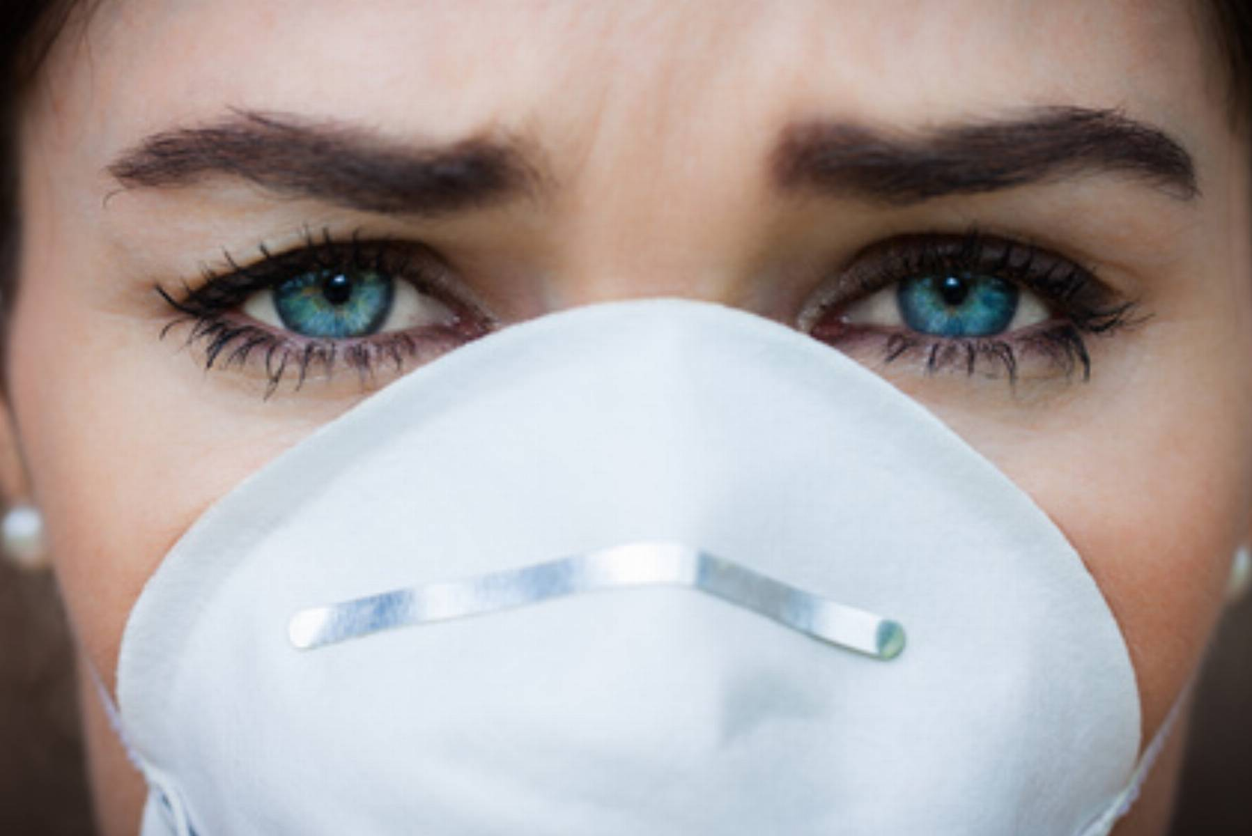 wpływ smogu na urodę