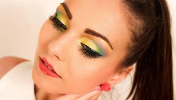 Najgorętsze trendy w makijażu na wiosnę 2017
