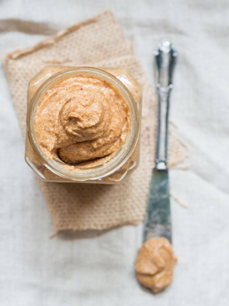 przepis na domowe masło z orzechami