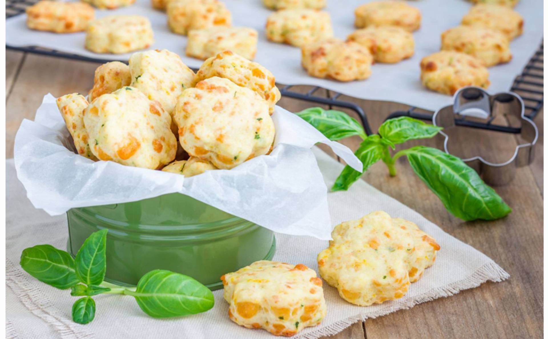 Przepis na kruche ciasteczka serowe