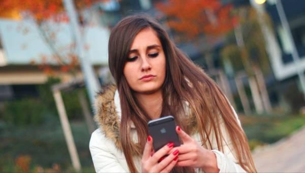 Obalamy 5 najpopularniejszych mitów związanych z naprawą smartfonów