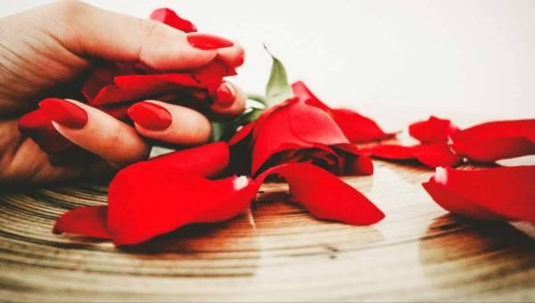 POLISH FLOWERS – manicure pachnący kwiatami