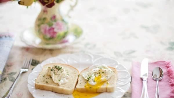 24 kwietnia – Europejski Dzień Śniadania. Co o najważniejszym posiłku dnia każdy powinien wiedzieć