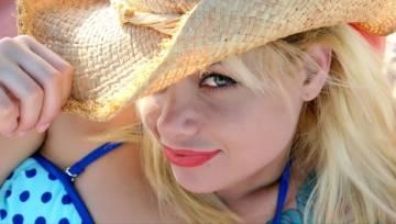 Przygotuj ciało na kąpiel w słońcu – najlepsze kosmetyki z filtrem