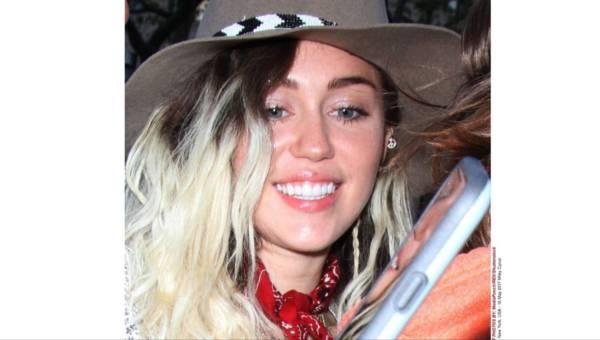 Stylizacje: Odmieniona Miley Cyrus! Od skandalistki do romantycznej dziewczyny