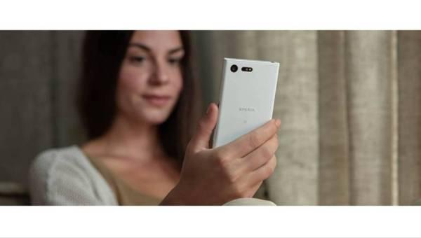 Nowe smartfony – kobiece mobilne centrum zarządzania
