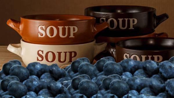 Przepis na zupę jagodową z makaronem autorstwa Doroty Choteckiej