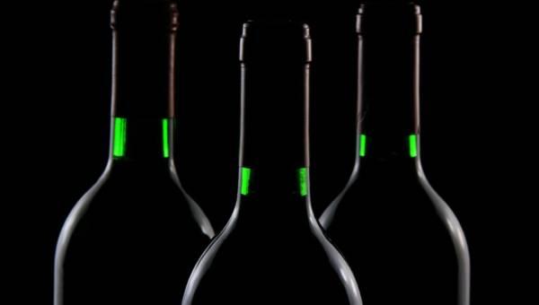 Jak alkohol wpływa na samopoczucie i organizm człowieka? Jakie są dopuszczalne normy stężenia alkoholu we krwi w czasie prowadzenia pojazdów?