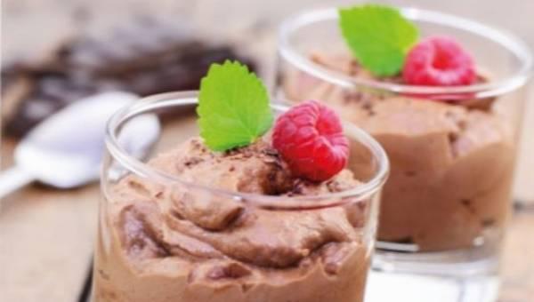 Kremowy deser czekoladowy z tofu – bez glutenu, laktozy i drożdży!